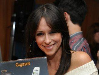 Jennifer Love Hewitt wünscht sich Versicherung für ihre Brüste - Promi Klatsch und Tratsch