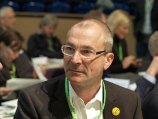Grünen-Politiker Beck fordert Aberkennung des Integrationspreises für Bushido - Musik News