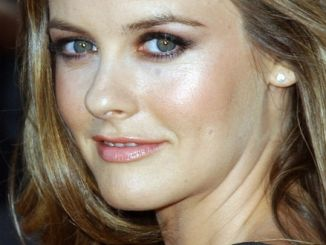 "Alicia Silverstone - ""Tropic Thunder"" Los Angeles Premiere - Arrivals"