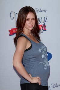 "Jennifer Love Hewitt - ""Mickey Through the Decades Collection"" Launch Event Co-Hosted by Disney and Old Navy"