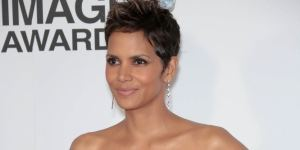 Halle Berry trägt Extensions