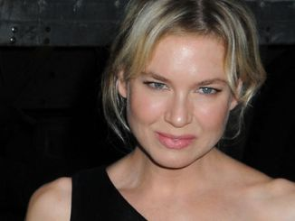 """Renee Zellweger - """"My One and Only"""" New York City Premiere - Arrivals - Paris Theater"""