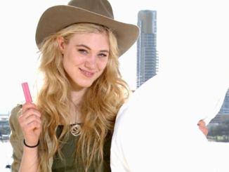 Dschungelcamp 2014: Larissa Marolt schläft nicht! - TV News
