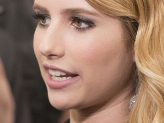 """Emma Roberts - """"We're the Millers"""" New York City Premiere - Arrivals"""