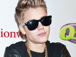 Justin Bieber - Q102's Jingle Ball 2012 Presented by Xfinity at The Wells Fargo Center in Philadelphia - December 05, 2012