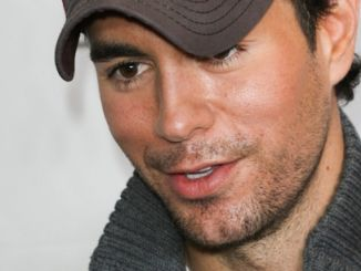 Enrique Iglesias - Y 100 Jingle Ball 2013 at the BB&T Center in Sunrise - December 20, 2013