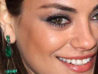 "Mila Kunis - ""Oz the Great and Powerful"" European Premiere - Arrivals"