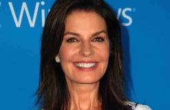 """Independence Day 2"": Sela Ward als US-Präsidentin"