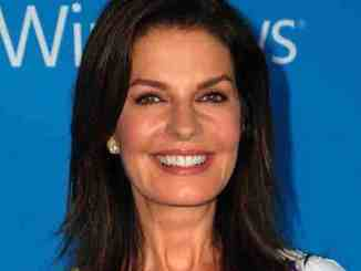 """Independence Day 2"": Sela Ward als US-Präsidentin - Kino News"
