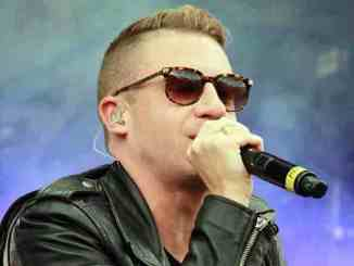 Macklemore macht's auch mal backstage - Musik News