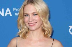 January Jones taucht sehr ungern