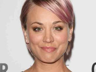 Kaley Cuoco - Glamour Magazine Woman of the Year Awards 2015 - Arrivals