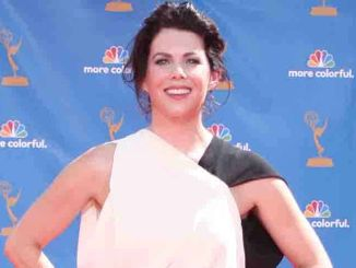 Lauren Graham - 2010 Primetime Emmy Awards