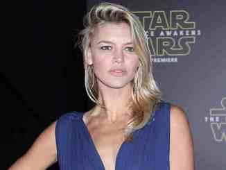 "Kelly Rohrbach übernimmt Pamela Andersons ""Baywatch""-Rolle - Kino News"