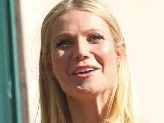 Gwyneth Paltrow - Rob Lowe Honored with a Star on the Hollywood Walk of Fame
