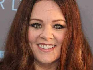 Melissa McCarthy - The 21st Annual Critics' Choice Awards