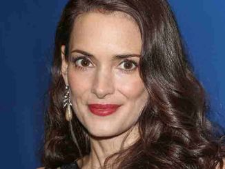 Winona Ryder - 3rd Annual Sean Penn and Friends Help Haiti Home Gala Benefiting J/P HRO Presented by Giorgio Armani