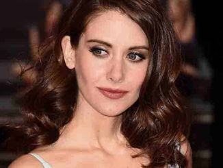 """Alison Brie - """"How to Be Single"""" UK Premiere"""