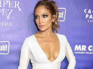 "Jennifer Lopez - ""Jennifer Lopez: All I Have"" Headlining Residency Show"