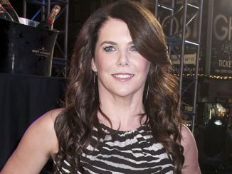 "Lauren Graham - ""Project Runway"" 10th Anniversary Outdoor Runway Show"