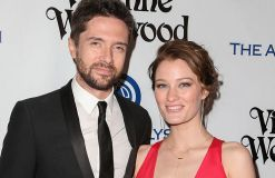 Topher Grace hat Ashley Hinshaw geheiratet
