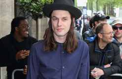 James Bay übt in Pubs