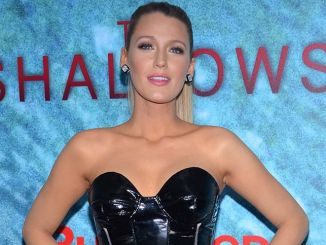 "Blake Lively - ""The Shallows"" World Premiere"
