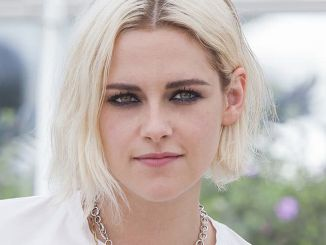 """Kristen Stewart - 69th Annual Cannes Film Festival - """"Cafe Society"""" Photocall"""