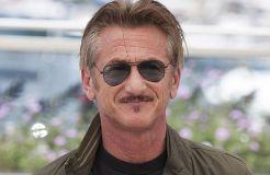 Sean Penn kann das Rauchen nicht lassen