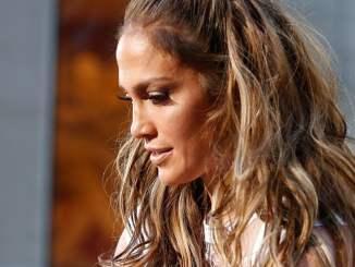 Jennifer Lopez ist für Ehe offen - Promi Klatsch und Tratsch
