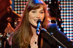 """Carla Bruni: Neues Album """"French Touch"""""""