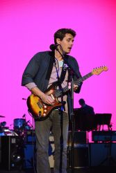 John Mayer in Concert at Shoreline Amphitheatre in Mountain View - July 29, 2017 - 3