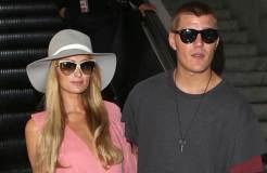 Paris Hilton: Hochzeitseinladung für Kim Kardashian
