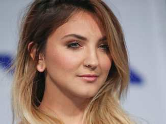 Julia Michaels bringt Musikvideo heraus - Musik News