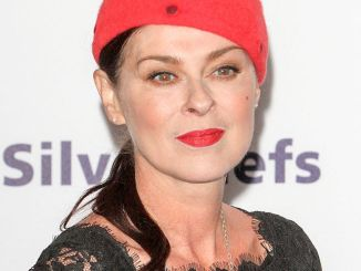Lisa Stansfield - 39th Annual Nordoff Robbins 02 Silver Clef Awards