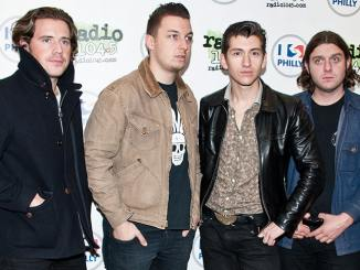 """Tame Impala"" wollen mit ""Arctic Monkeys"" ins Studio - Musik News"