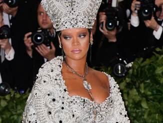 """Rihanna feiert Geburtstag von """"Anti"""" - Musik News"""