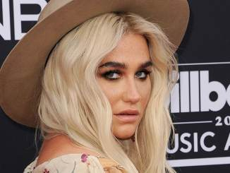 "Kesha singt mit ""The Struts"" - Musik News"