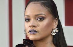 Valentinstag: Rihanna bringt Dessous-Kollektion auf den Markt