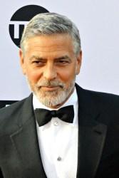 """George Clooney: """"Ich bin ein richtig mieser Typ"""" - TV News"""