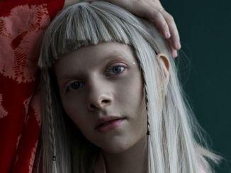 Aurora komplimentiert ihre Saga - Musik
