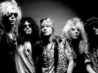 Guns N Roses 30348918-1 thumb