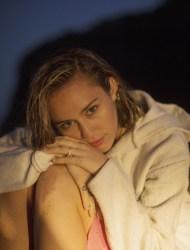 """Miley Cyrus trauert um """"The Voice""""-Sängerin Janice Freeman - TV News"""