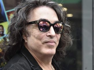 """Paul Stanley - AOL Build Series Presents KISS Discussing Their """"End of the Road"""" Tour"""