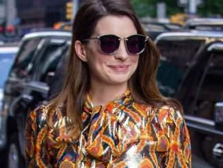 Anne Hathaway isst Fleisch für Matt Damon - Promi Klatsch und Tratsch