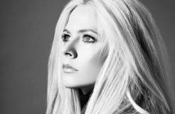Avril Lavigne kämpft für ihre Stimme