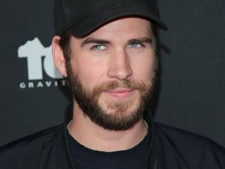 "Liam Hemsworth - Teton Gravity Research's ""Andy Iron's Kissed by God"" World Premiere"