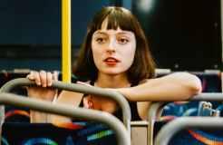 """Stella Donnelly erklärt ihre Single """"Lunch"""""""
