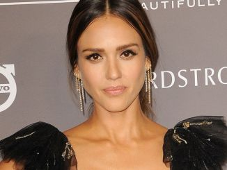 Jessica Alba - The 2018 Baby2Baby Gala Presented By Paul Mitchell Event