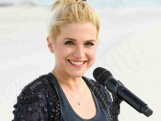Jeanette Biedermann verschiebt Albumveröffentlichung - Musik